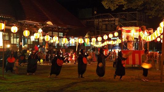 浦佐の仮装盆踊り_c0336902_16572367.jpg