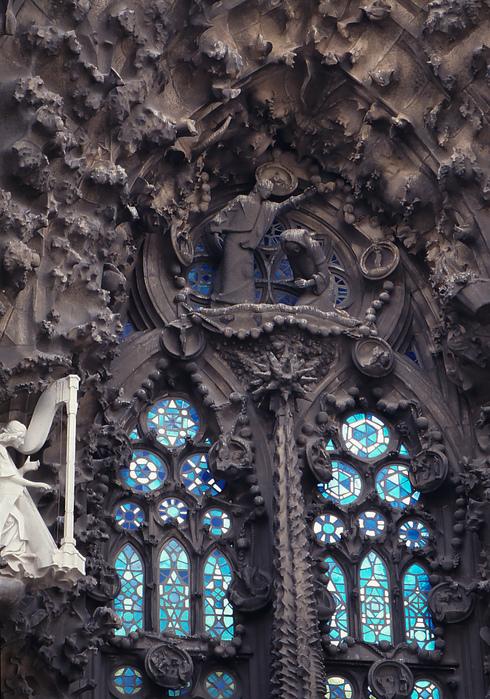 31年前のサグラダ・ファミリア教会_f0099102_1737451.jpg