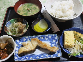 本銚子の食堂「こころ」で豪華な朝食_c0030645_2220265.jpg