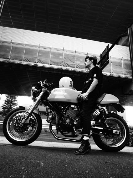 5COLORS「君はなんでそのバイクに乗ってるの?」#107_f0203027_195817.jpg