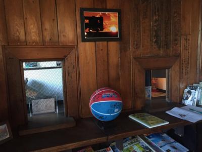 津軽でお盆休み♪赤い駅舎のカフェ_b0107003_15553257.jpg