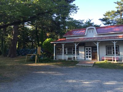 津軽でお盆休み♪赤い駅舎のカフェ_b0107003_18213535.jpg
