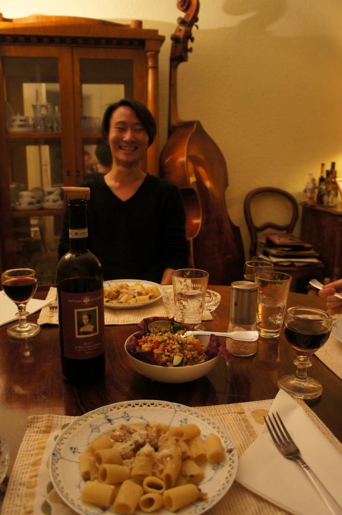 アンペルマンテラスとMitte散歩と普段晩餐。_c0180686_17335918.jpg