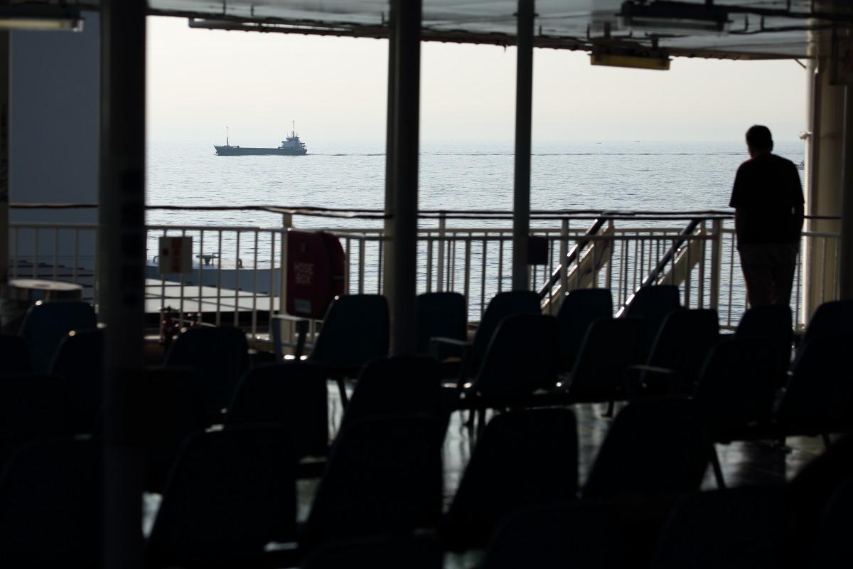 和歌山港~徳島港  紀伊水道を行くあの船_b0061717_12103177.jpg