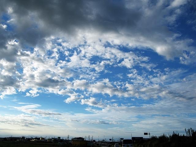 雲・雲・雲_f0129726_21395474.jpg