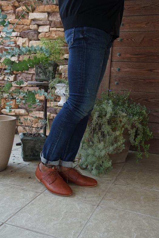 柔らかい革靴が入荷しております!_a0155932_13275762.jpg