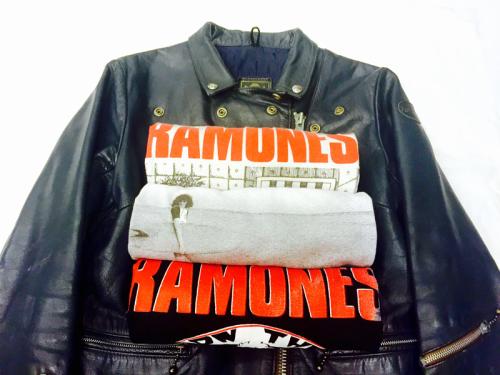「 Tシャツ to ライダース 」_c0078333_22534922.jpg