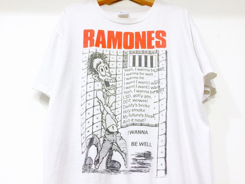 「 Tシャツ to ライダース 」_c0078333_22535343.jpg