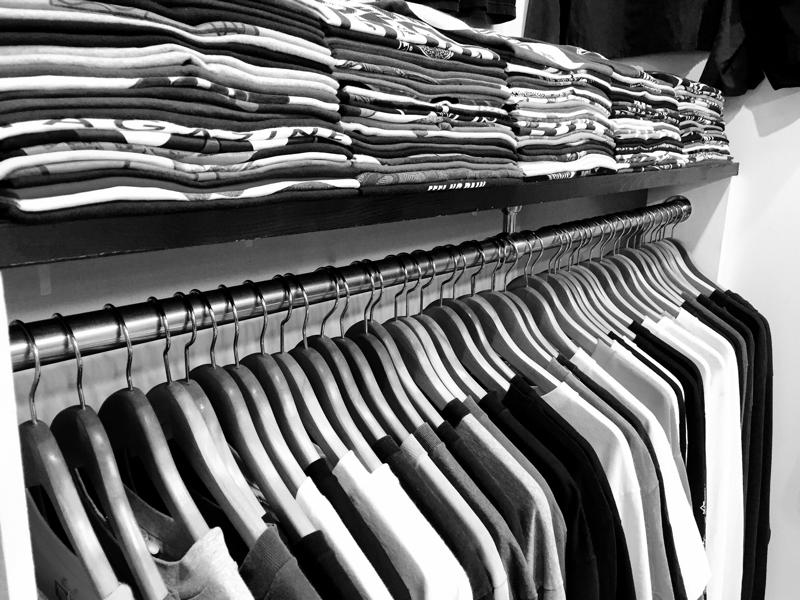 「 Tシャツ to ライダース 」_c0078333_23483508.jpg