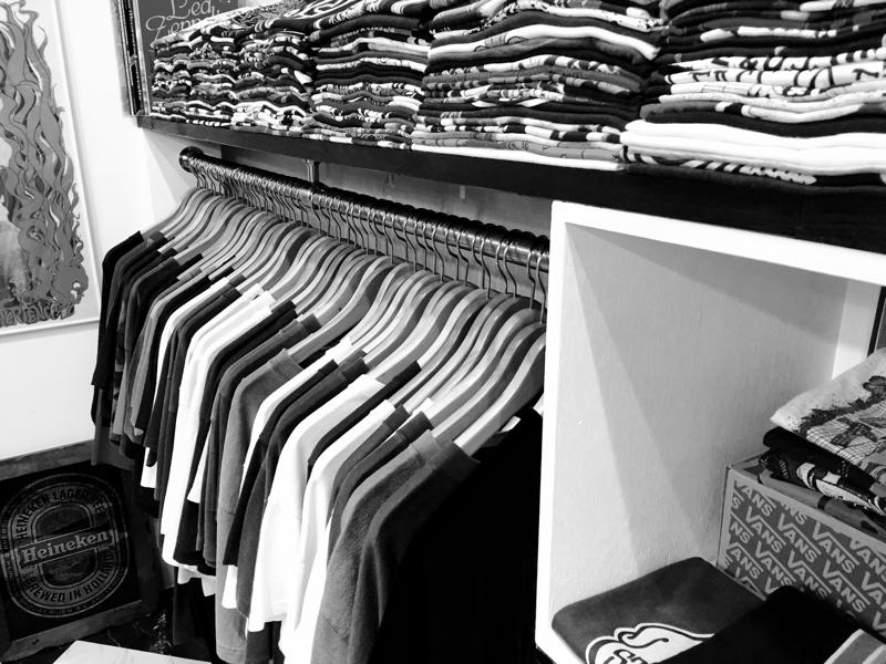 「 Tシャツ to ライダース 」_c0078333_23483592.jpg