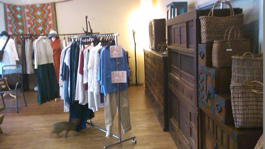 セールの洋服_b0237038_20271765.jpg