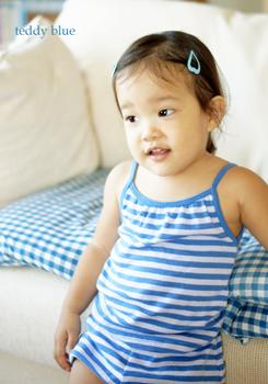 a little girl in blues ブルーな女の子_e0253364_12232710.jpg
