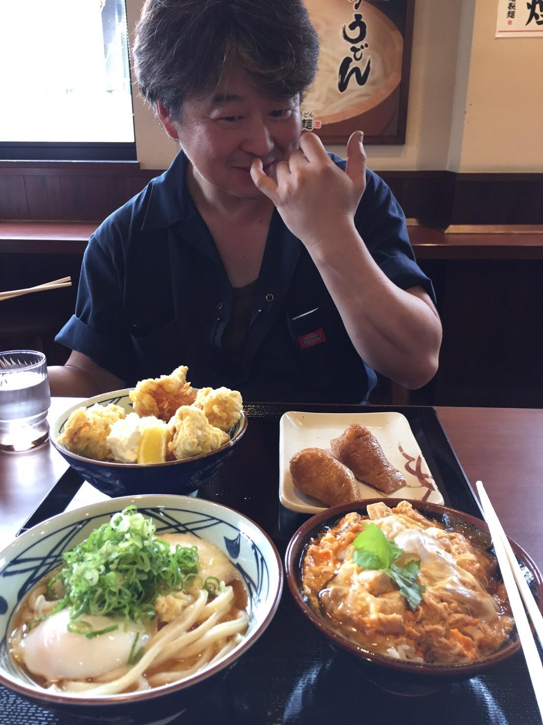日曜日はトミ店のにこにこブログ☆ランクル ハマーの専門店☆_b0127002_1855957.jpg
