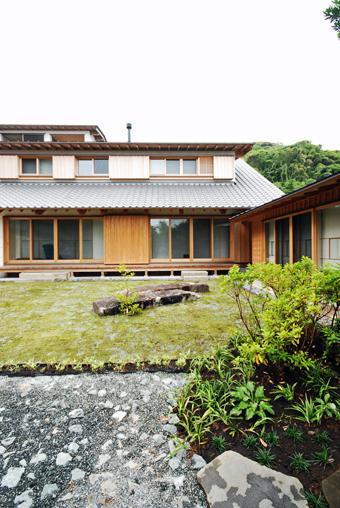 山泰荘の外観_c0195909_15224561.jpg