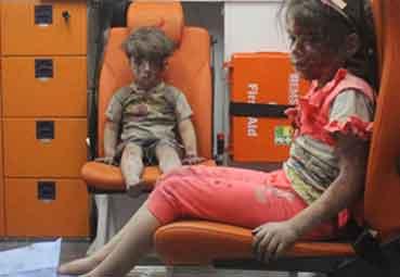 検証:消えた女の子『シリアのほこりと血にまみれ男児』/ 報道 _b0003330_9203672.jpg
