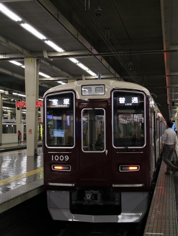阪急C#1009×8R 営業運転開始_d0202264_115850.jpg