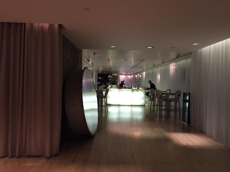 MAD HATTER\'S TIPSY EVENING TEA( サンダーソンホテル ロンドン)_c0366777_23055625.jpg