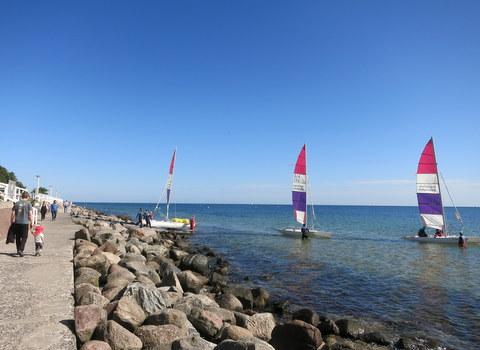 海での休日_f0210340_6552192.jpg