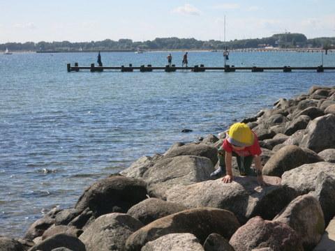 海での休日_f0210340_6571750.jpg