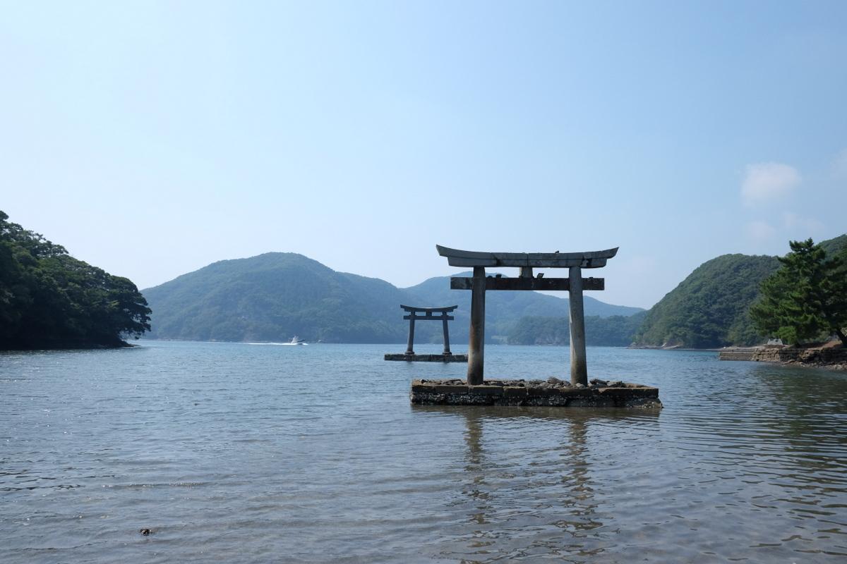 国境の島を訪ねて(11)神秘の和多都美神社_c0013687_21513124.jpg
