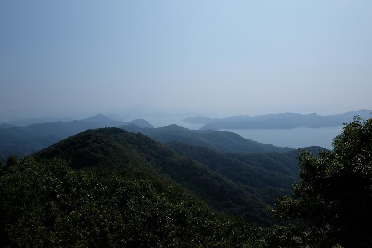 国境の島を訪ねて(11)神秘の和多都美神社_c0013687_21523892.jpg