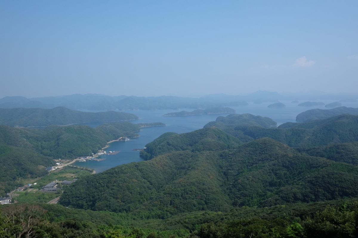 国境の島を訪ねて(11)神秘の和多都美神社_c0013687_21531210.jpg