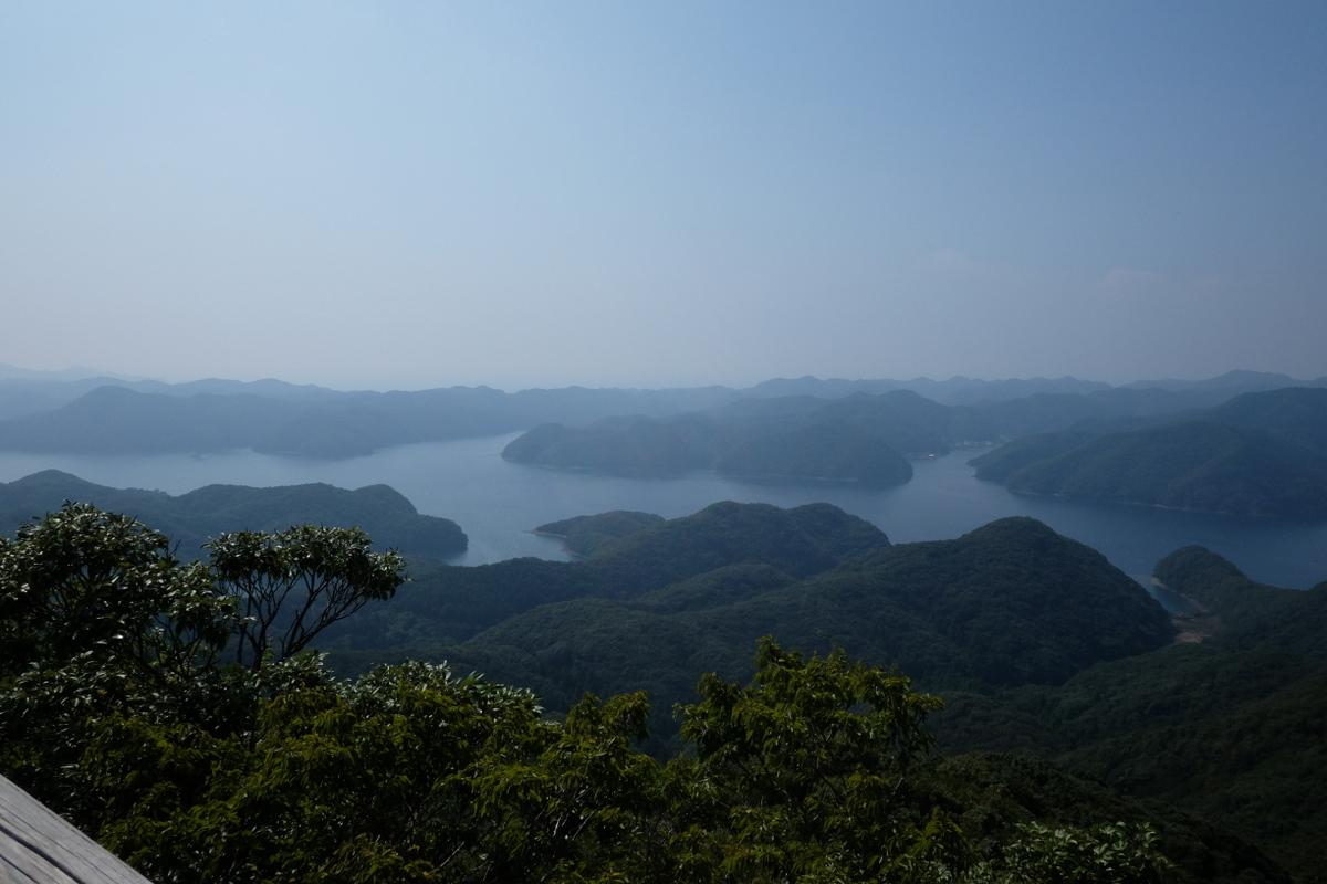 国境の島を訪ねて(11)神秘の和多都美神社_c0013687_21531919.jpg