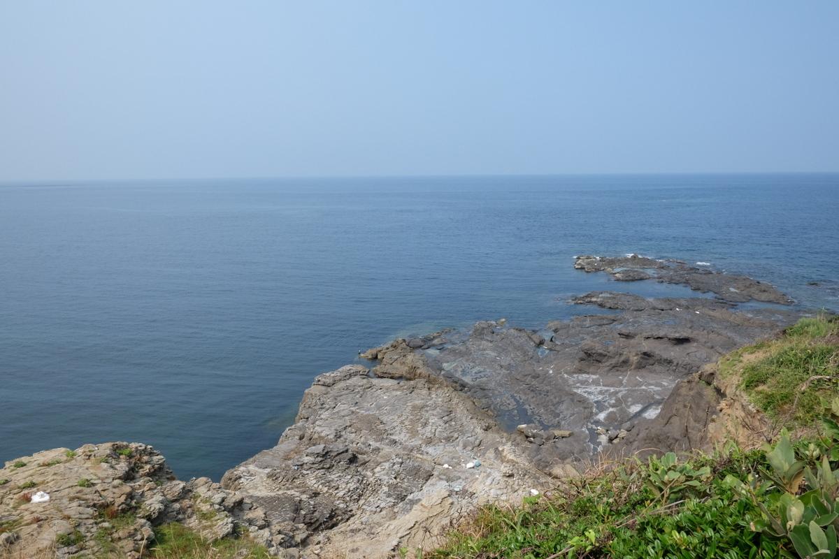 国境の島を訪ねて(20)西泊_c0013687_22281673.jpg