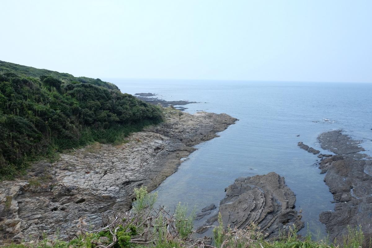 国境の島を訪ねて(20)西泊_c0013687_22282017.jpg