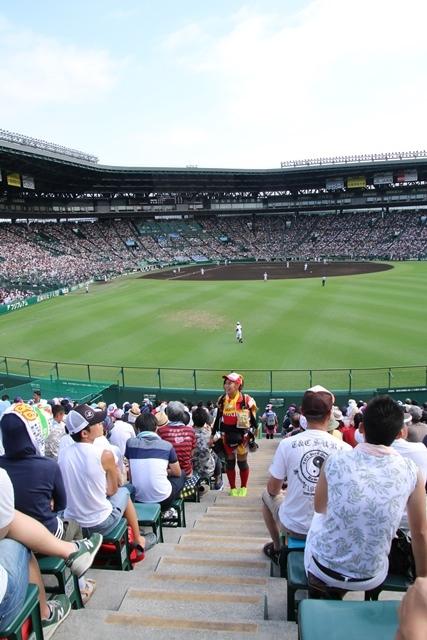 藤田八束の甲子園の魅力@野球少年憧れの甲子園大会、熱闘が繰り広げられる甲子園・・・甲子園スタンドの星_d0181492_20372196.jpg