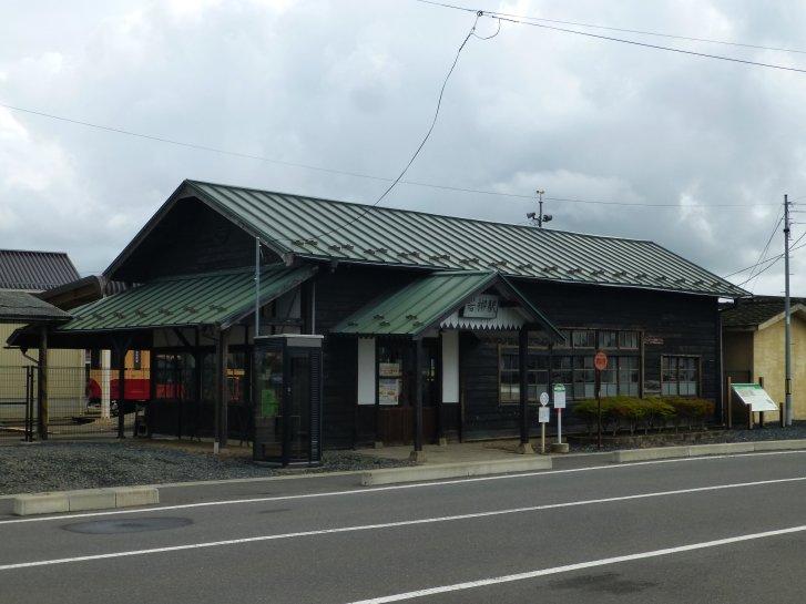 駅舎_c0051620_171684.jpg