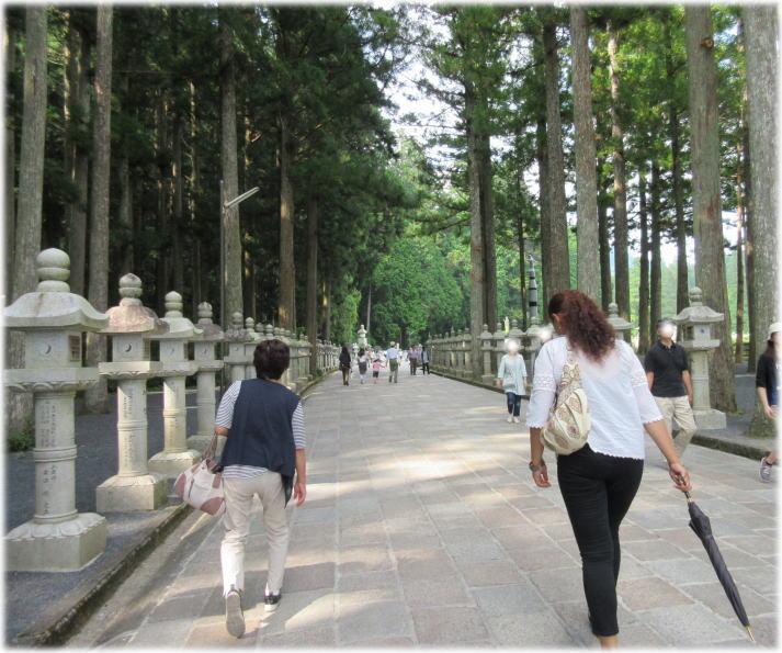 弘法大師様の高野山へ_c0058727_2234250.jpg