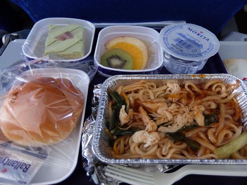 1日目: 関空→上海→香港→ムンバイ_a0207588_19501489.jpg