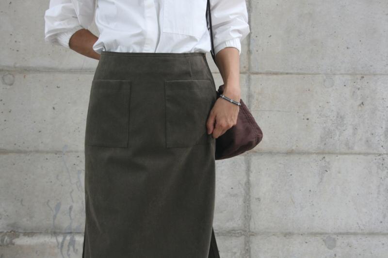 第3241回 Suede Skirt。_f0366424_13055772.jpg