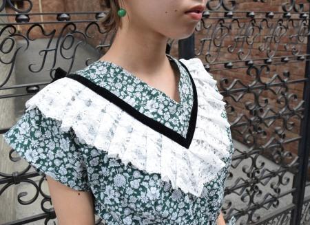 Girl in the town_e0148852_16001100.jpg