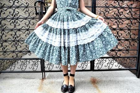 Girl in the town_e0148852_16002061.jpg