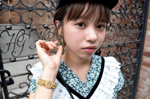 Girl in the town_e0148852_16002555.jpg