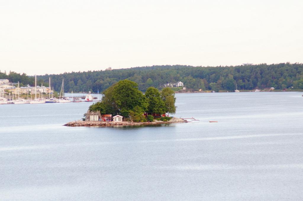 TAG7 Stockholmに入港 (22.7.16)_c0180686_15023229.jpg