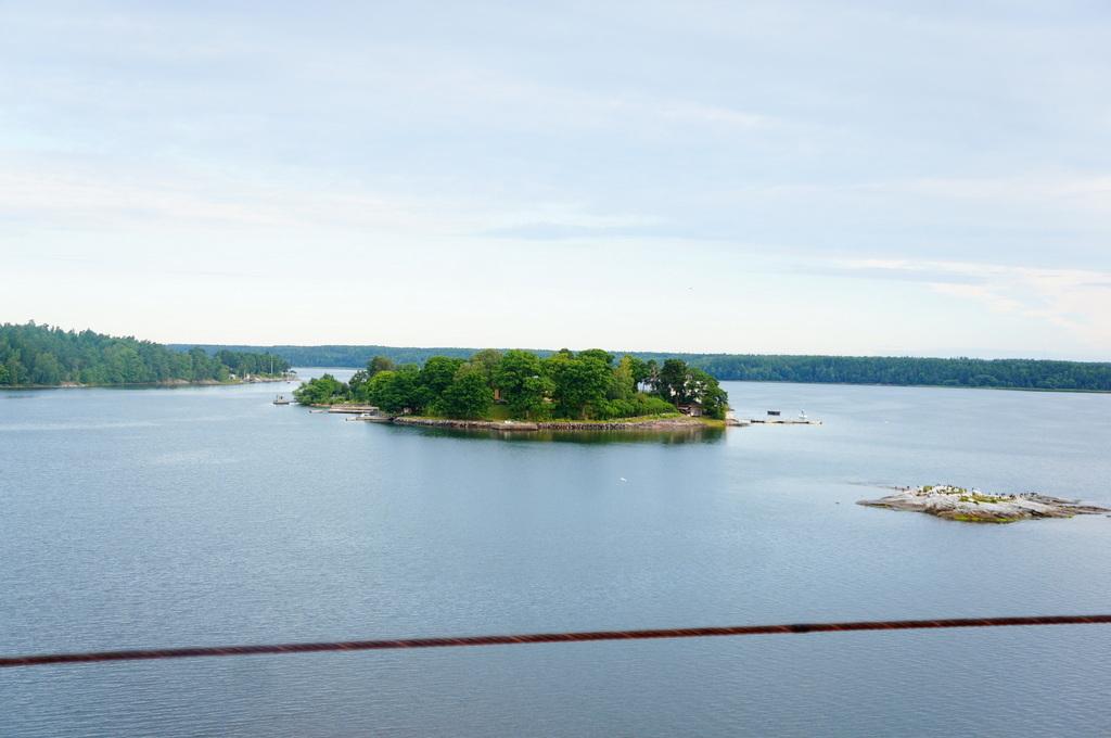 TAG7 Stockholmに入港 (22.7.16)_c0180686_15024622.jpg