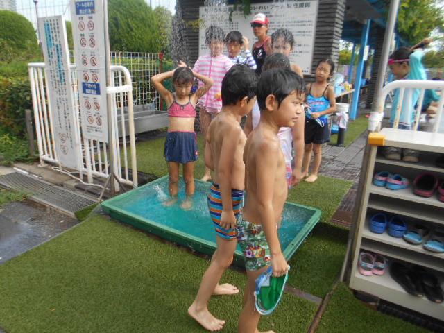 8月17日 Water Play_c0315908_11593136.jpg