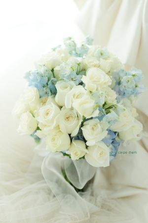 おまかせミニブーケ&ブートニア 前撮り用に 八芳園さまへ_a0042928_12265656.jpg