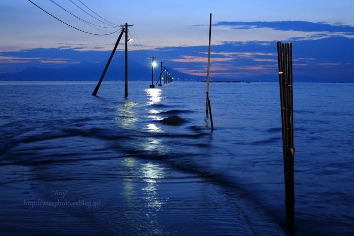 夕刻に寄せる波 -3-_e0347431_16040266.jpg