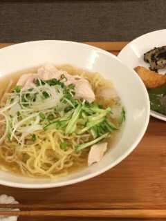 冷製鶏塩麺_f0078756_18585901.jpg
