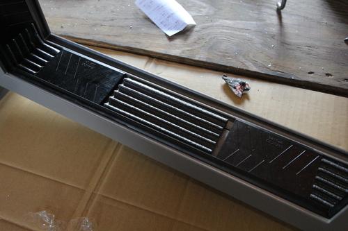 超高性能アルミサッシ地窓の試作 2_e0054299_14251573.jpg