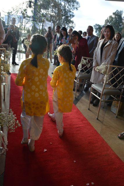 太陽に祝福された結婚式_f0155522_08081096.jpg