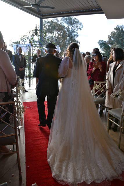 太陽に祝福された結婚式_f0155522_08081219.jpg
