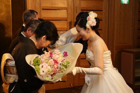 新郎新婦様からのメール 帝国ホテルの花嫁様より 幸せの美しいさざ波のように_a0042928_1173629.jpg