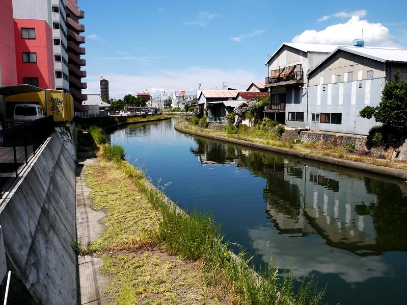 川のある風景_b0093754_20573924.jpg