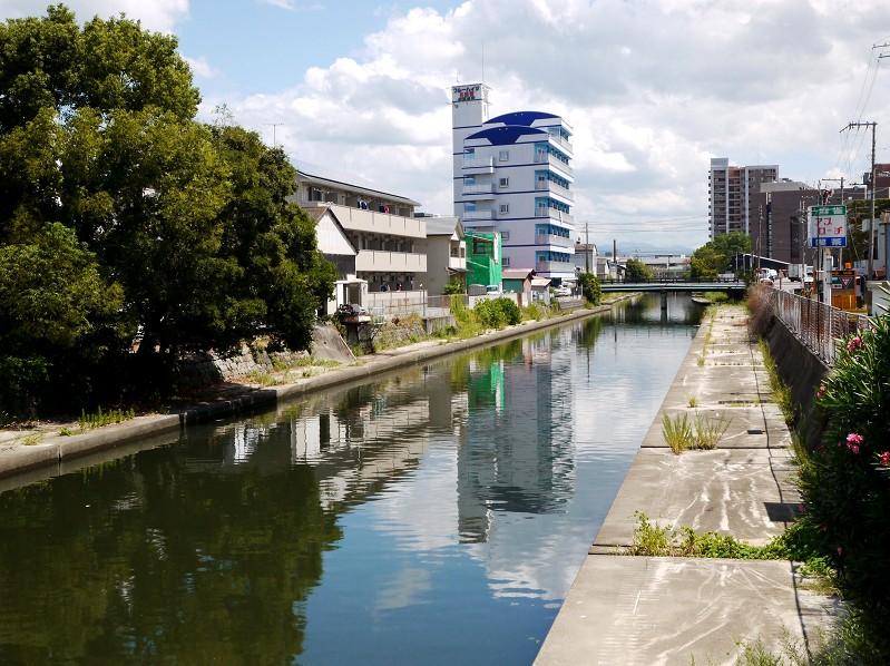 川のある風景_b0093754_20575482.jpg