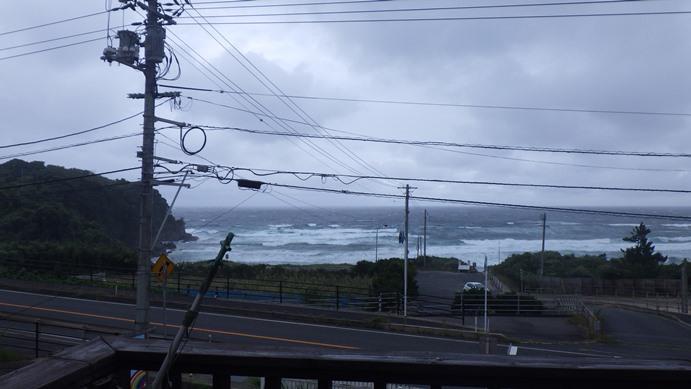 日本海は海の変化が早いから、気をつけてください。_f0009169_119336.jpg